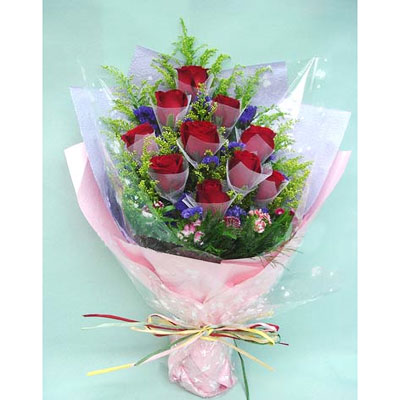 12 Red Roses Bouquet.jpg